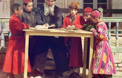 מדוע כה חשוב ללמוד בתורת חב״ד, ולא די בספרי חסידות אחרים?